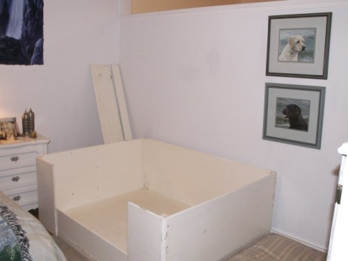 Whelping Box is all set up and waiting for babies